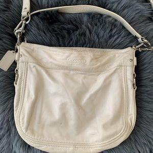 👜 COACH PEARL WHITE CROSSBODY BAG